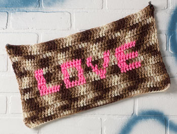 Olek LOVE Banner