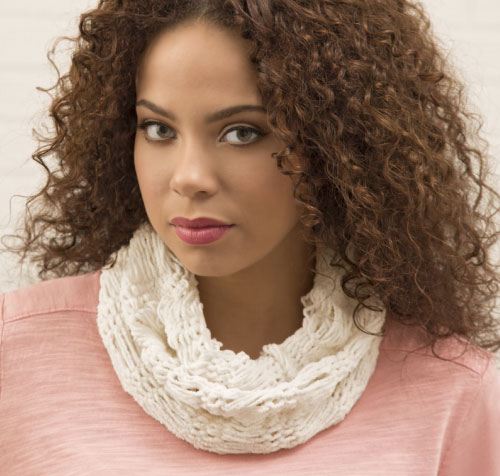 Light and Lacy Cowl