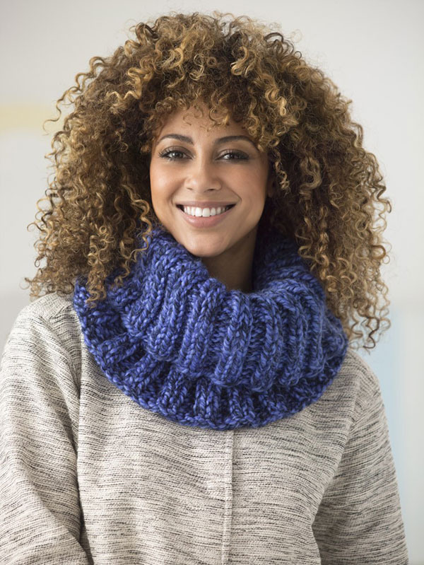 1 Ball Ribbed Cowl